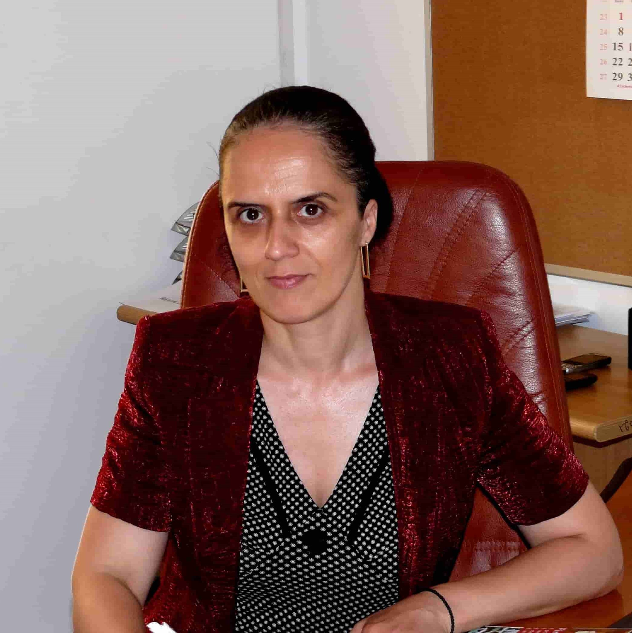 Prof. Carmen PĂUNESCU